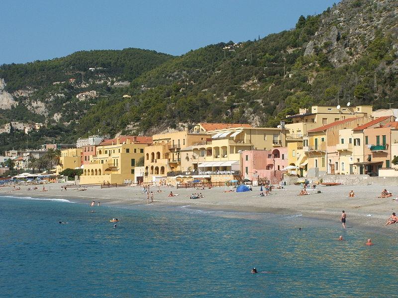 Varigotti (frazione di Finale Ligure) - direttamente sul mare piccolo triloca...